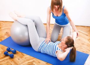 http://streaming.yayimages.com/images/photographer/milanmarkovic78/a9cd0333c16df011c1767fbb17c0527d/exercising-with-a-personal-trainer.jpg