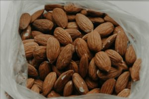 almonds-close-up-delicious-1013420.jpg