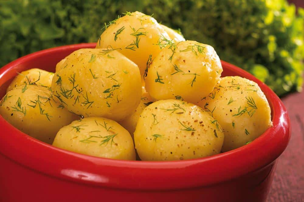 http://streaming.yayimages.com/images/photographer/mironovak/f512eede3ca2b304184472af5e966058/boiled-potatoes.jpg