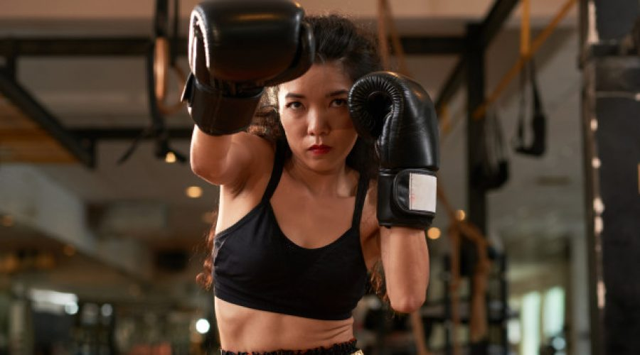 The Right Punching Gloves for Your Muay Thai Class