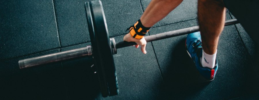 what muscles deadlifts work